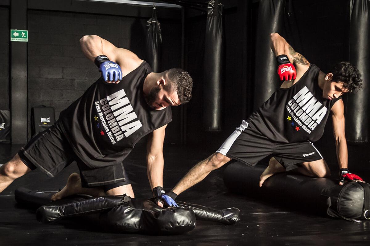 academia de artes marciales mixtas colombia