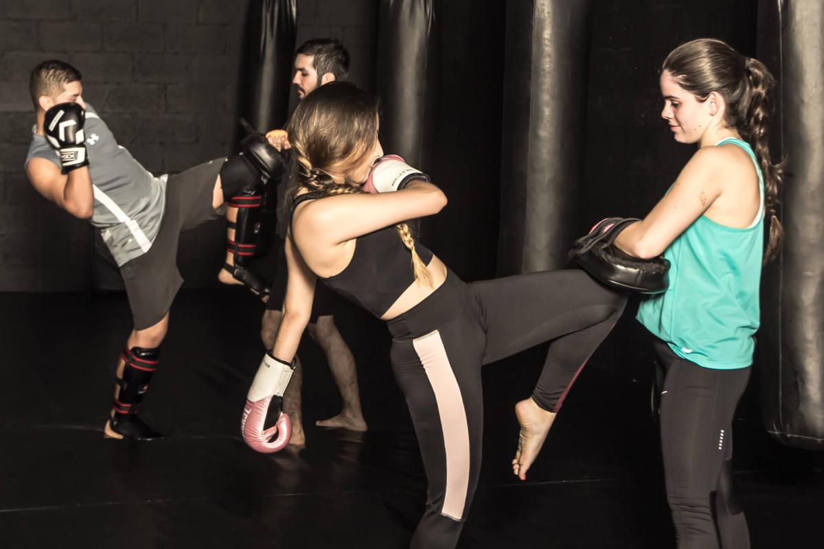 kickboxing mujeres medellin mma colombia
